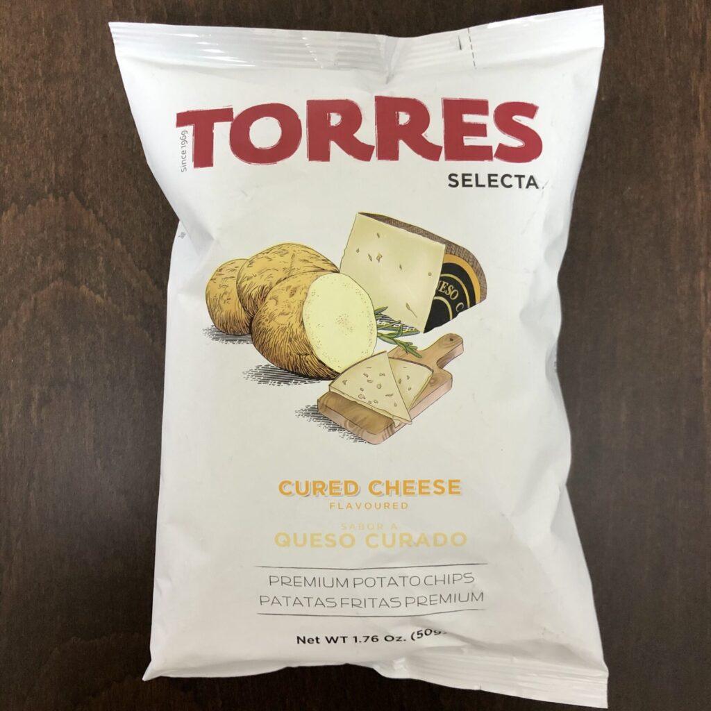 「TORRES(トーレス) ポテトチップス チーズ味」の袋の表面